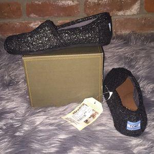 NWT Toms brand black/silver glitter wool slip on